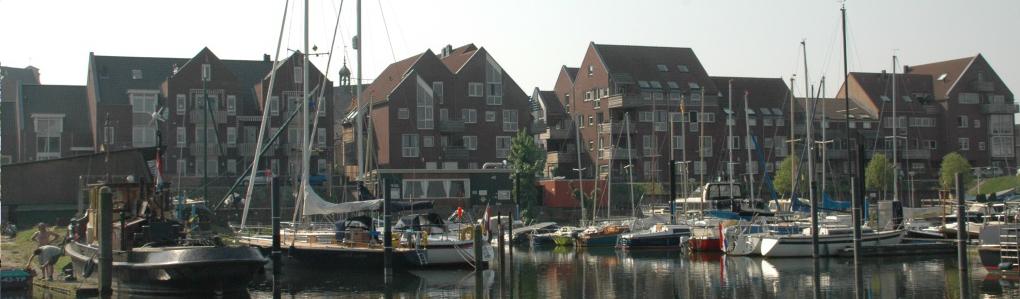 haven de stuw vanaf het water smal